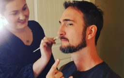 Ven Getting made up for Ashes